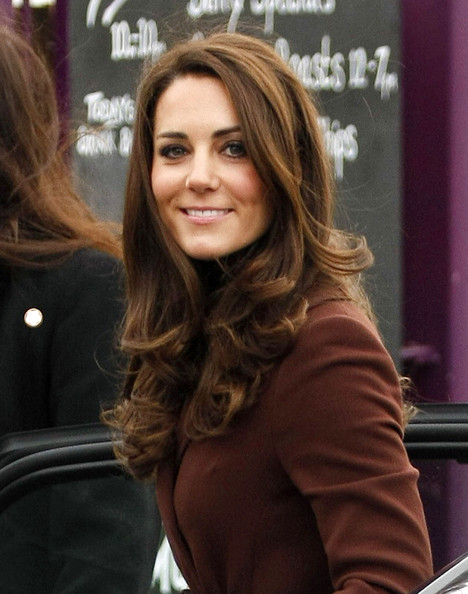What's in Kate Middleton's Make-up Bag?